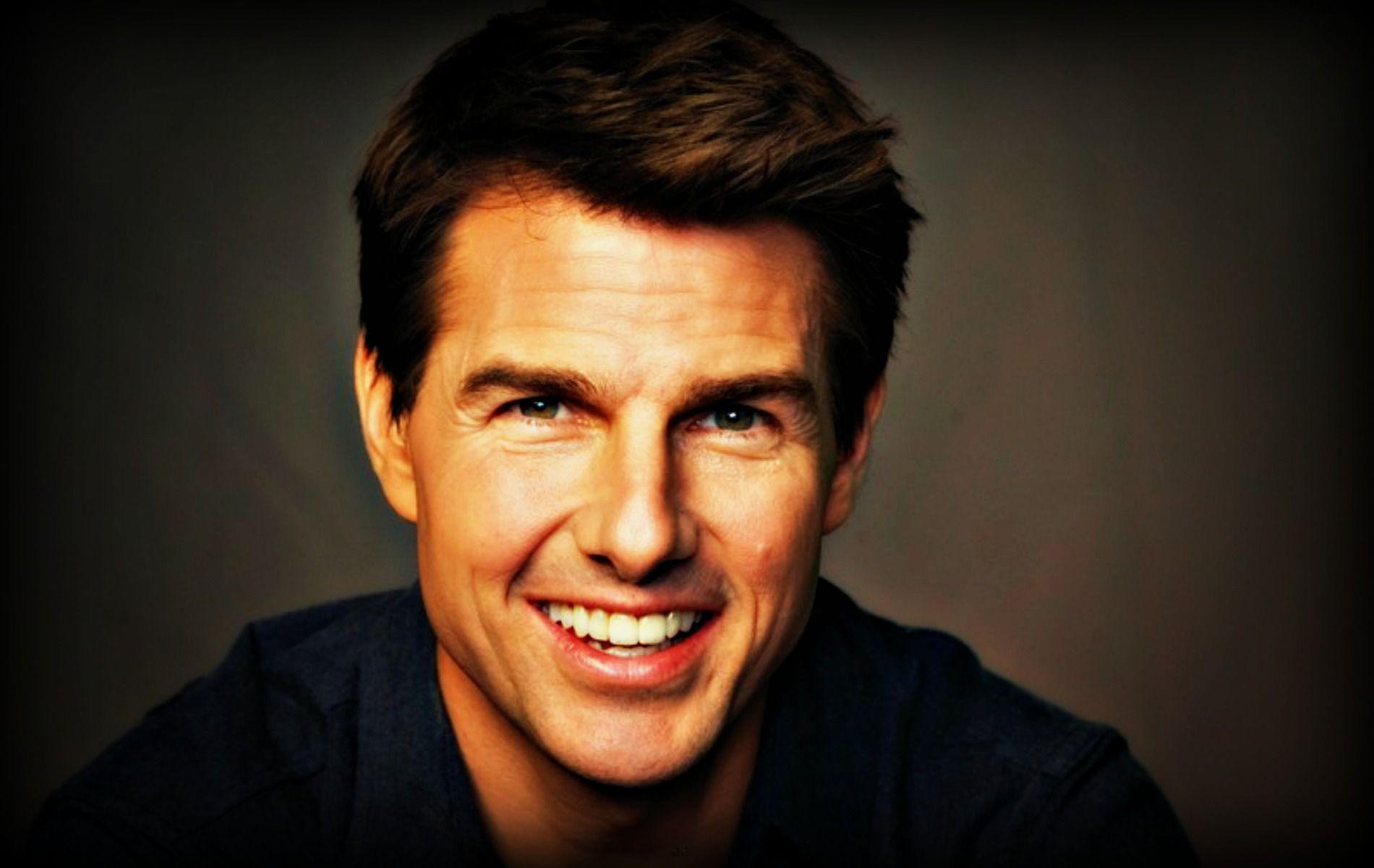 Hollywood Actor Tom Cruise wallpapers full HD